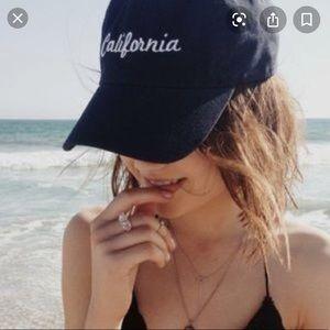 Brandy melville California cap